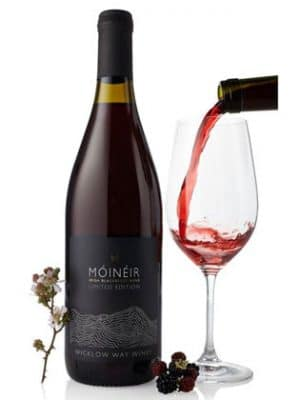 Móinéir Irish Fruit Wines Made From Blackberries