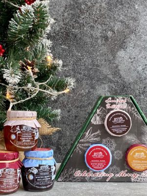 Gift set compiling of 3 luscious festive flavours